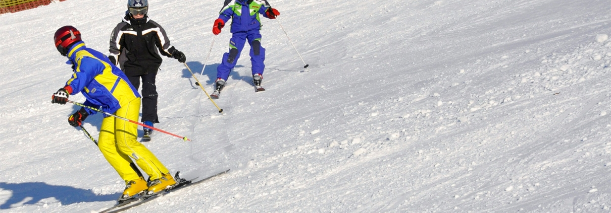 Skifahren lernen für Erwachsene und Kinder