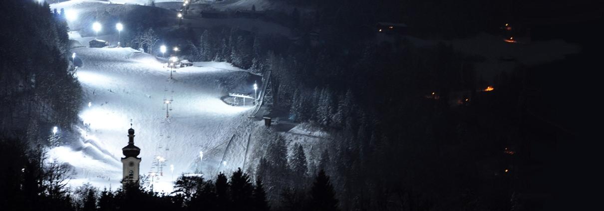 Flutlichtpiste in Bayern am Hocheck, Oberaudorf